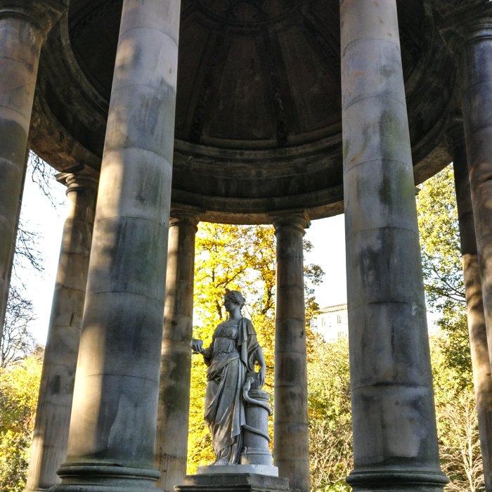 Higeia Sculpture, st Bernard's Well Dean Village | Architecture Tour