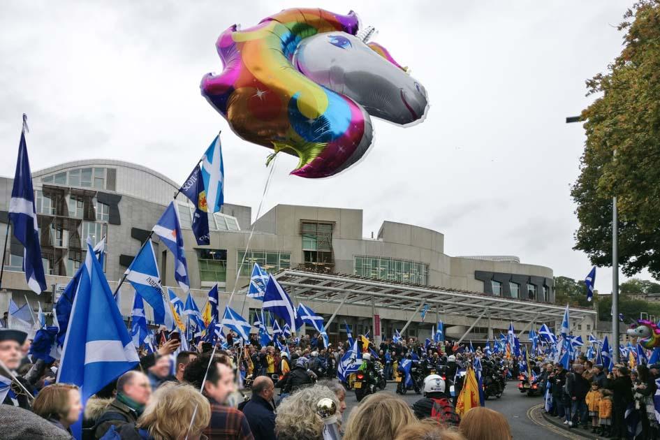 Independance March 2019_Enric Miralles_Scottish Parliament Building_Edinburgh Walking Tour