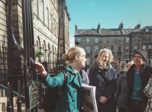 Edinburgh New Town _Charlotte Square_Architecture Tour Guide and a group