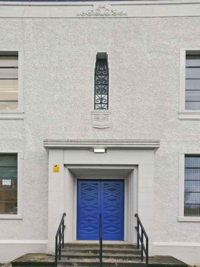 Niddrie Marischal Intermediate School Facade detail_Art Deco Architecture in Edinburgh