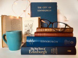 Books about Edinburgh_Edinburgh History tour in 8 books