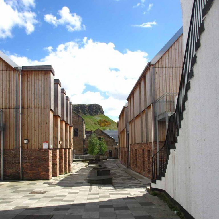 Sugarhouse Close seen on Edinburgh Old Town audio tour
